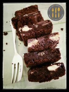 White Chocolate & Pecan Brownie